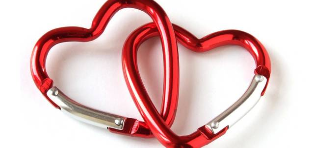 valentine-gift-ideas-for-women-featured