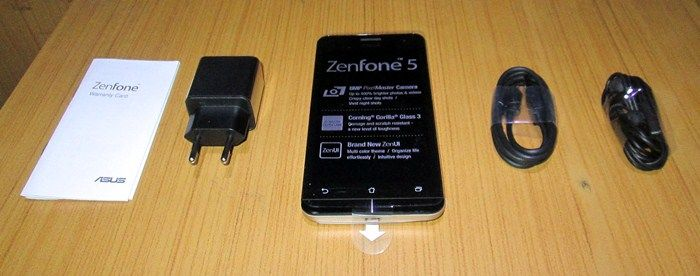 Asus Zenfone 5 Review with Kitkat 4.4.2 - inside the box
