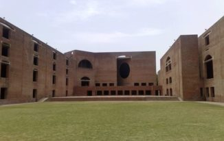 Management Mantra – Top BBA/MBA Colleges in India